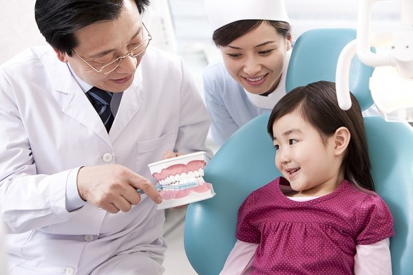 6 điều cần tránh để phòng bệnh răng miệng cho bé